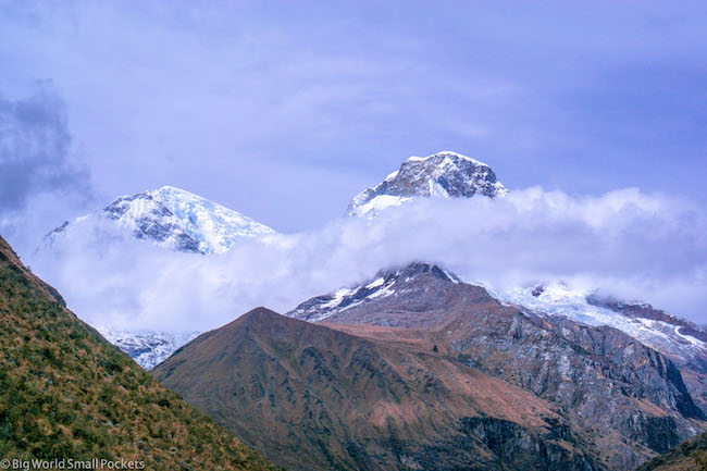 Peru, Andes, Snow and Cloud