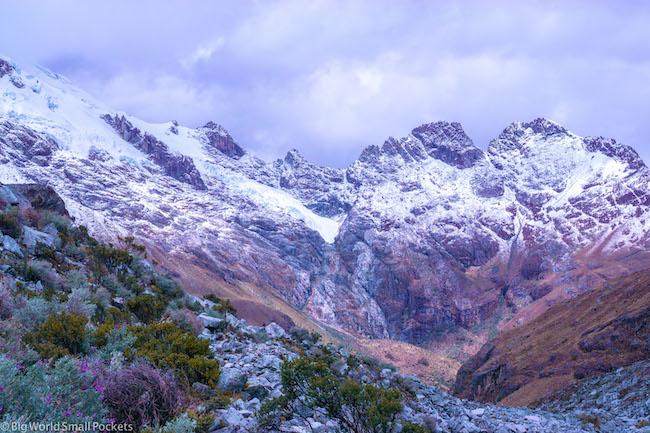 Peru, Huaraz, Snowy Landscape