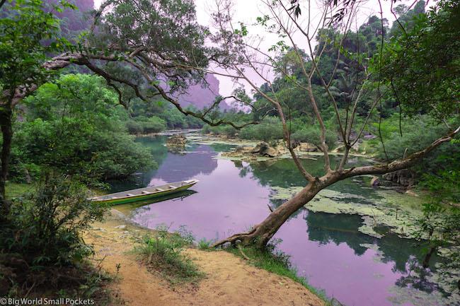Vietnam, Phong Nha, Cave Setting