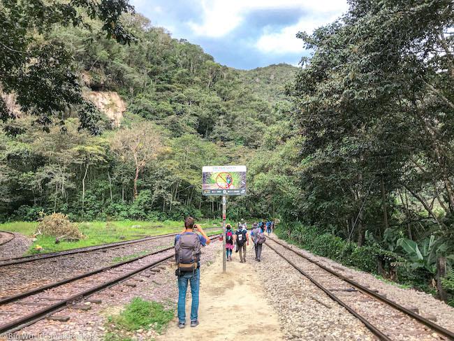 Peru, Machu Picchu, Walking from Hidroelectrica