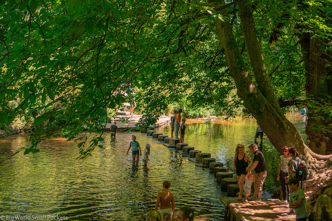 England, Box Hill, Stepping Stones