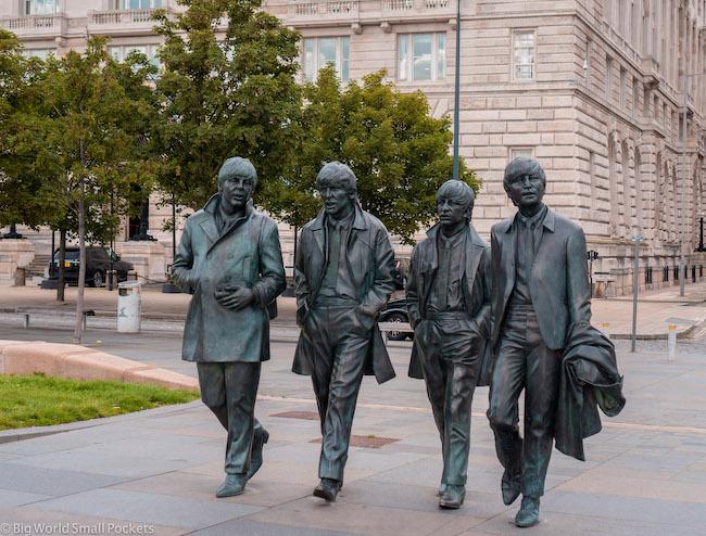 England, Liverpool, Beatles Statue