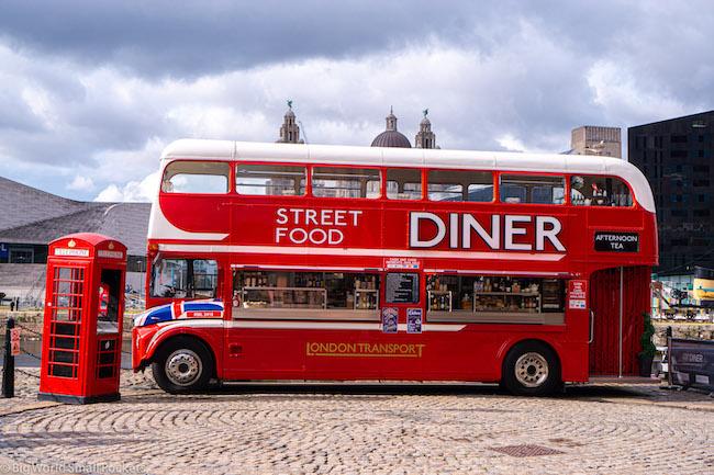 England, Liverpool, Bus