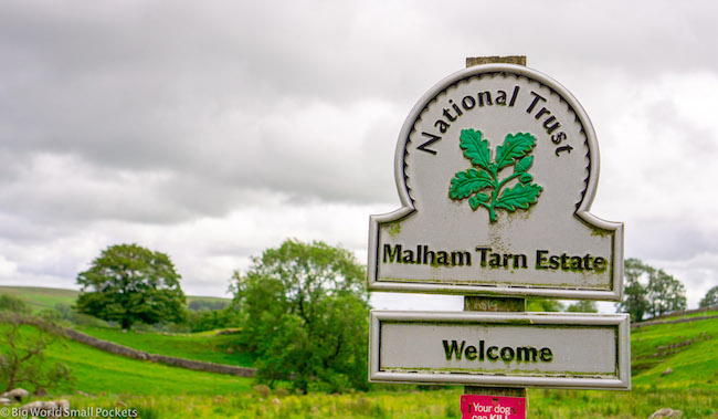 England, Yorkshire, Malham Tarn Sign