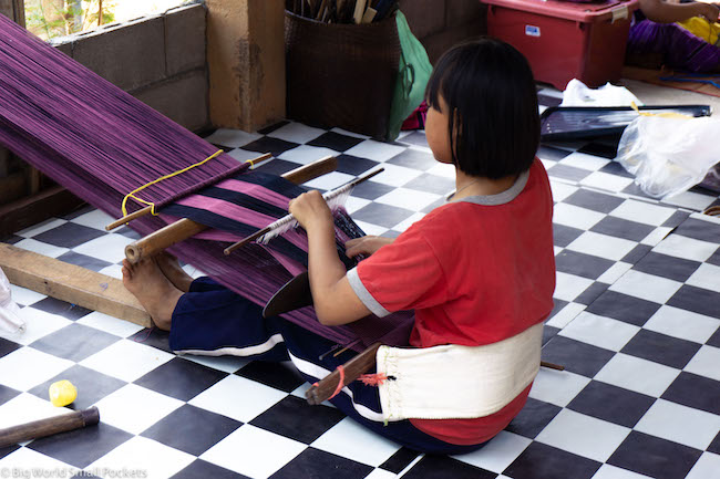 Thailand, Woman, Weaving