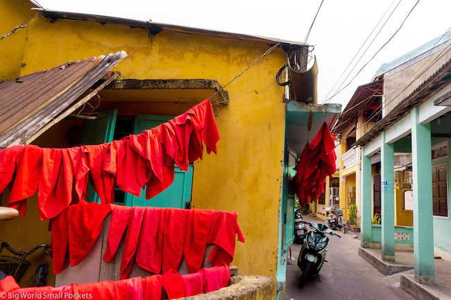 Vietnam, Hoi An, Washing Line