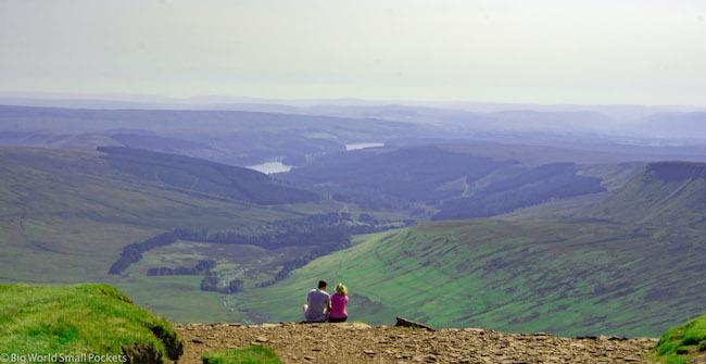 Wales, Brecon Beacons, Couple