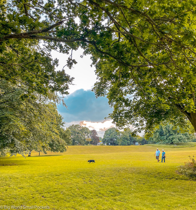 Cambridgeshire, Ely, Walkers