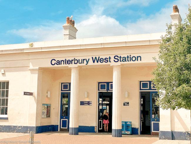 UK, Canterbury, Train Station